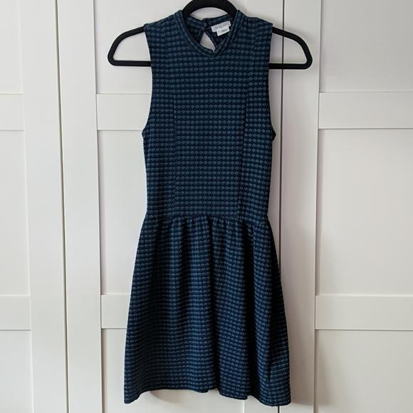 ❄️ 3/$25 Blue & Green Retro Mini Dress